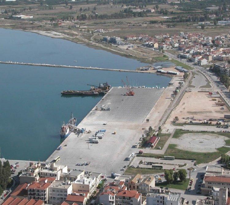 Καθαρισμός χερσαίας ζώνης λιμανιού Ναυπλίου