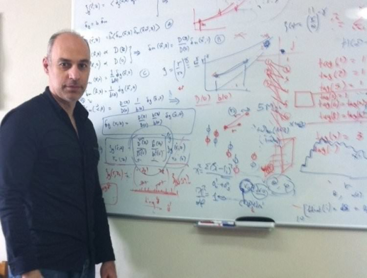Η Δημιουργία και η εξέλιξη του Σύμπαντος, στην αίθουσα του Βουλευτικού στο Ναύπλιο