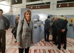 Στα εγκαίνια της νέας έκθεσης της Βουλής η πρόεδρος του ΔΟΠΠΑΤ Μαρία Ράλλη