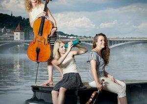 Ετοιμαστείτε για μουσική απογείωση με το  Puella Trio στο 28ο Φεστιβάλ Ναυπλίου