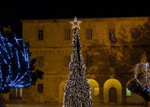 Στις 14 Δεκεμβρίου το άναμμα του Χριστουγεννιάτικου Δέντρου στο Ναύπλιο