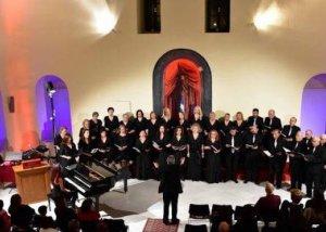 Το Μεικτό Πολυφωνικό σχήμα της χορωδίας ΔΟΠΠΑΤ Ναυπλίου τραγουδά Μάνο Χατζιδάκι